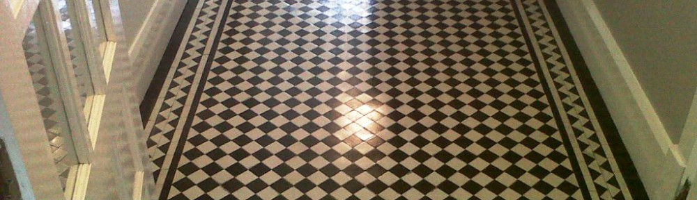 Victorian Tiled Hallway floor cleaning in Weeping Cross