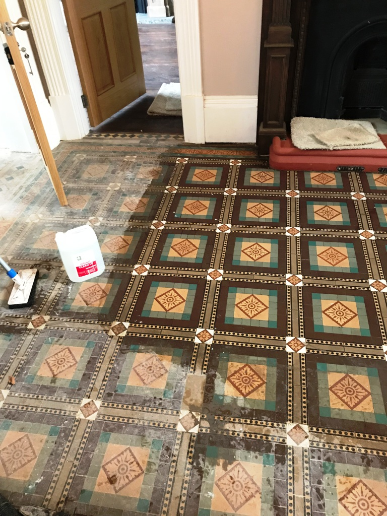 Old Victorian Tiled Floor Sutton Coldfield Vicarage During Cleaning